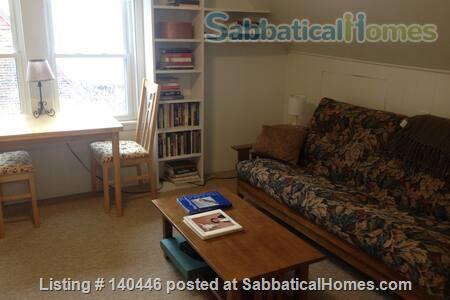 Charming sunny 5+ BR home, walk to UIUC campus Home Rental in Urbana, Illinois, United States 8