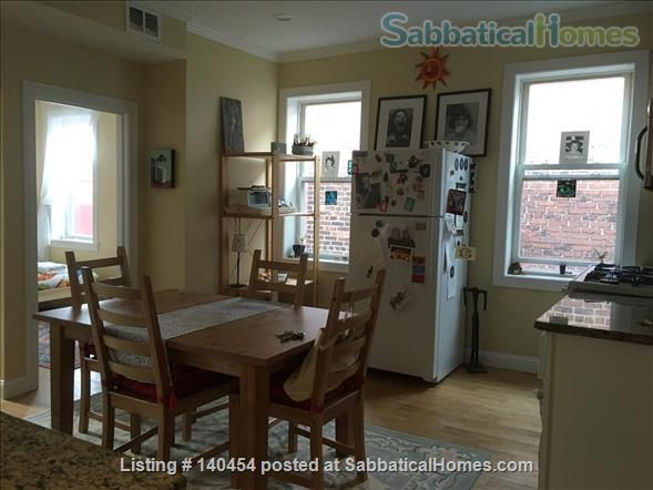 4-bedroom, 2 bath, Apartment, Chelsea, Boston Home Exchange in Chelsea, Massachusetts, United States 0