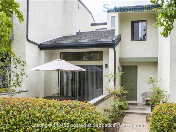 Spacious La Jolla Village townhouse  Home Rental in San Diego, California, United States 0