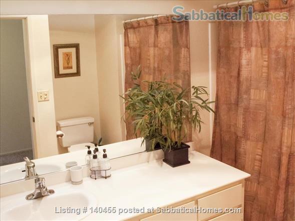 Spacious La Jolla Village townhouse  Home Rental in San Diego, California, United States 4