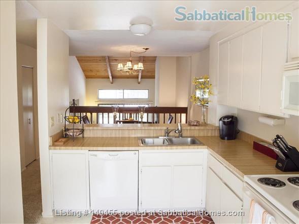 Spacious La Jolla Village townhouse  Home Rental in San Diego, California, United States 5