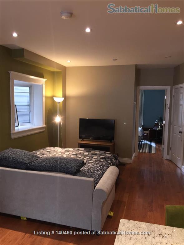 Short Term Jun 1 - Sept 30 1 bedroom main floor in Little Italy  Home Rental in Toronto, Ontario, Canada 5