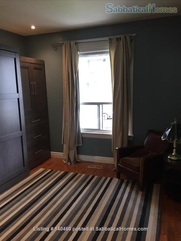 Short Term Jun 1 - Sept 30 1 bedroom main floor in Little Italy  Home Rental in Toronto, Ontario, Canada 7
