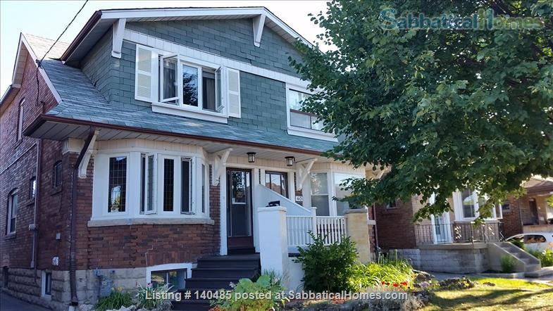 Warm, 3BR/2Bath furnished home w/ finished basement in a walkable neighbourhood Home Rental in Toronto, Ontario, Canada 1