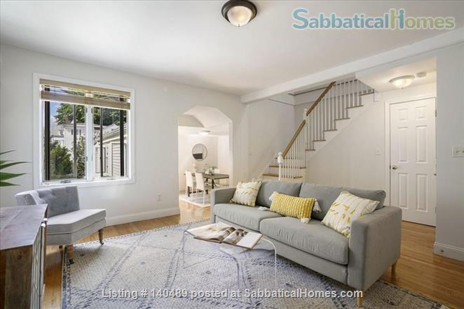 Beautiful duplex, centrally located, 3 bedrooms,  2 bathrooms (1 master)! Home Rental in Cambridge, Massachusetts, United States 1