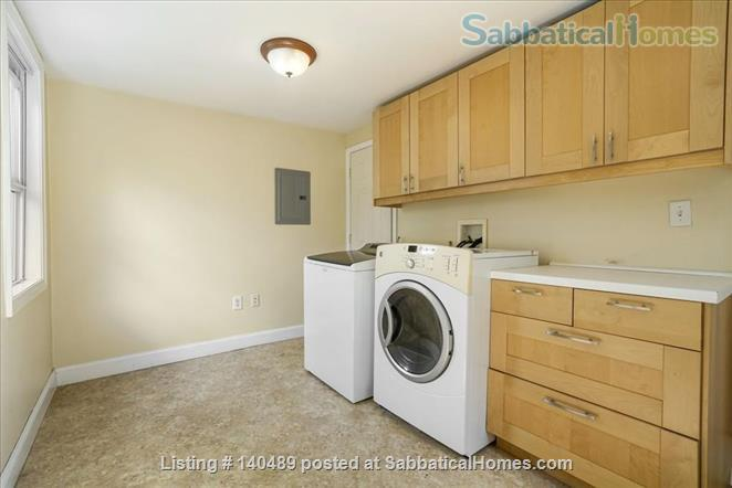Beautiful duplex, centrally located, 3 bedrooms,  2 bathrooms (1 master)! Home Rental in Cambridge, Massachusetts, United States 3