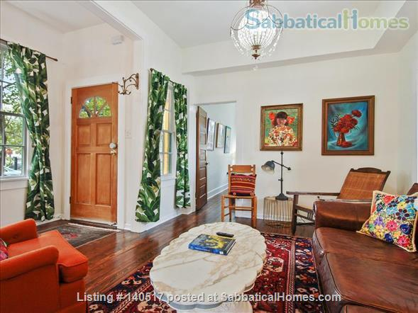 2 bed/1 bath newly renovated unit near it all - St. Charles, Magazine Street! Home Rental in New Orleans 1