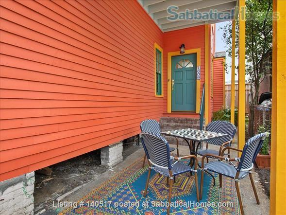 2 bed/1 bath newly renovated unit near it all - St. Charles, Magazine Street! Home Rental in New Orleans 2