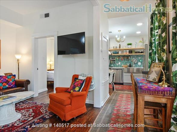 2 bed/1 bath newly renovated unit near it all - St. Charles, Magazine Street! Home Rental in New Orleans 3