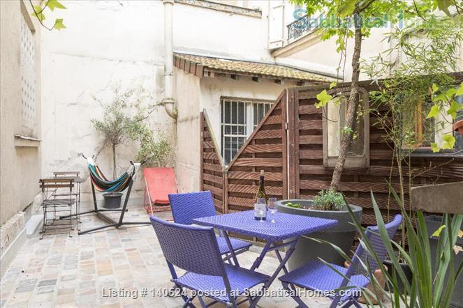 3-storey house, 3 bdr, 3 bath with private courtyard in Central Paris Home Rental in Paris, IDF, France 0