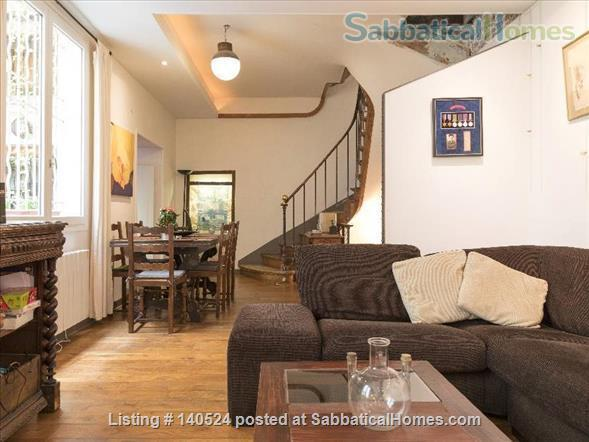 3-storey house, 3 bdr, 3 bath with private courtyard in Central Paris Home Rental in Paris, IDF, France 2