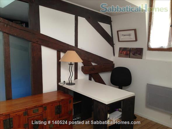 3-storey house, 3 bdr, 3 bath with private courtyard in Central Paris Home Rental in Paris, IDF, France 5