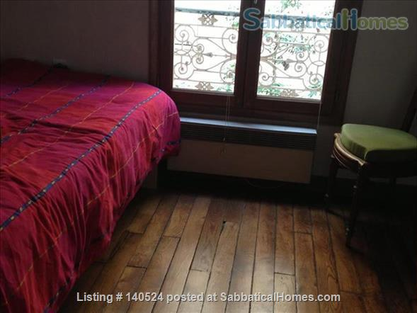 3-storey house, 3 bdr, 3 bath with private courtyard in Central Paris Home Rental in Paris, IDF, France 8