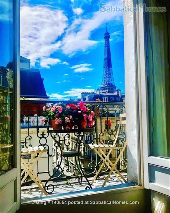 Beautiful 3 bedroom, 2 bath with exceptional views in the 7th Home Rental in Paris, Île-de-France, France 1
