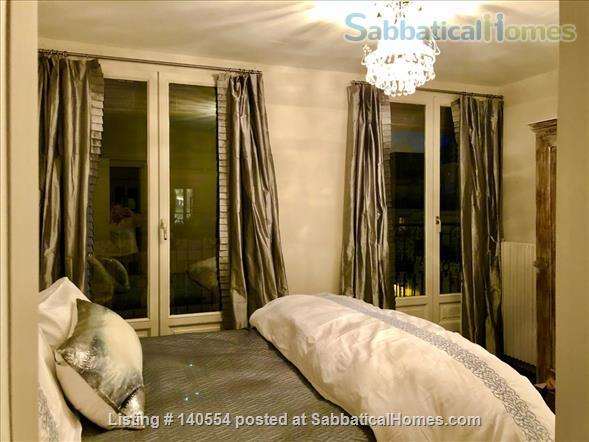 Beautiful 3 bedroom, 2 bath with exceptional views in the 7th Home Rental in Paris, Île-de-France, France 3