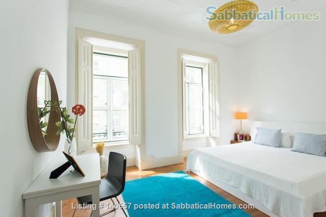 Stunning 3 bdr/ 2 bath in the heart of Lisbon Home Rental in Lisbon, Lisboa, Portugal 9