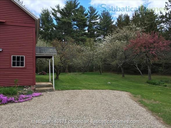 Lovely home in a lovely rural setting  Home Rental in Shutesbury, Massachusetts, United States 2