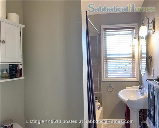 Bright, tidy one-bed room apartment in Hamilton ON  Home Exchange in Hamilton, Ontario, Canada 7