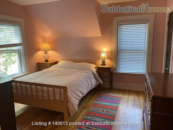 Single Family; 3 bd, 1.5 bath; Separate Home office; Close to Harvard, MIT and Tufts Home Rental in Somerville, Massachusetts, United States 0