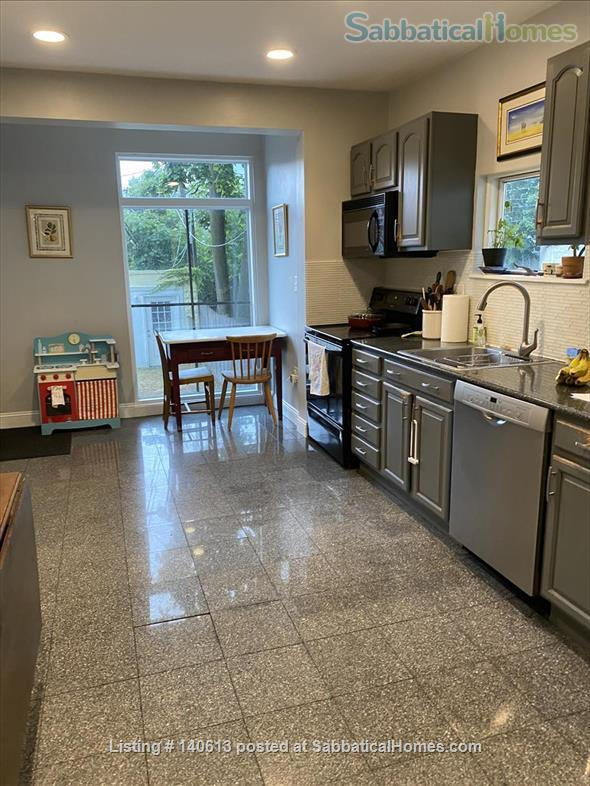 Single Family; 3 bd, 1.5 bath; Separate Home office; Close to Harvard, MIT and Tufts Home Rental in Somerville, Massachusetts, United States 6