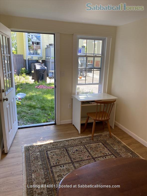 Single Family; 3 bd, 1.5 bath; Separate Home office; Close to Harvard, MIT and Tufts Home Rental in Somerville, Massachusetts, United States 8