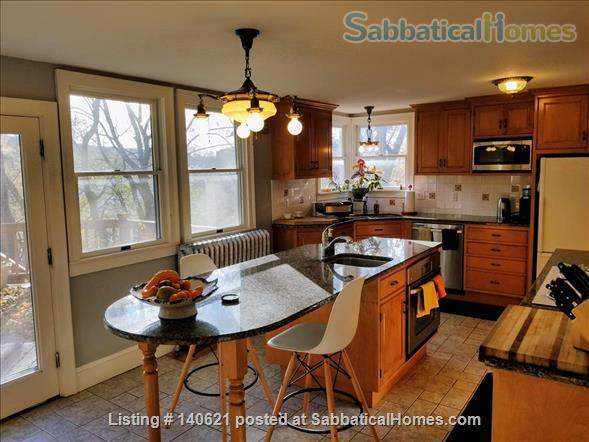 ELEGANT, 3-BEDROOM VICTORIAN GEM, DOWNTOWN! Home Rental in Ithaca, New York, United States 2