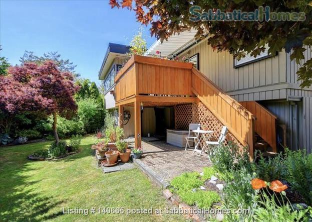Fantastic 3 bedroom home in beautiful Victoria Home Rental in Victoria, British Columbia, Canada 9