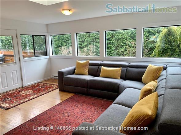Fantastic 3 bedroom home in beautiful Victoria Home Rental in Victoria, British Columbia, Canada 4