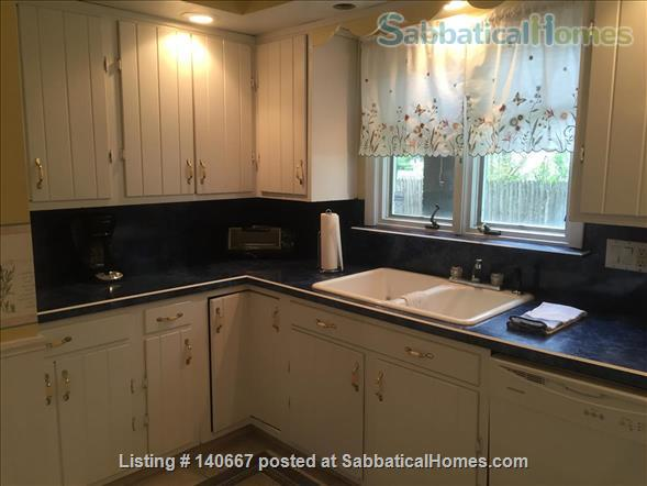 Charming & Comfy House Close to Notre Dame Home Rental in South Bend, Indiana, United States 0