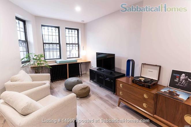 Unfurnished / Semi Furnished-Bushwick Brooklyn- 2 Bedroom / 1 Bath Apartment Home Rental in Brooklyn, New York, United States 2