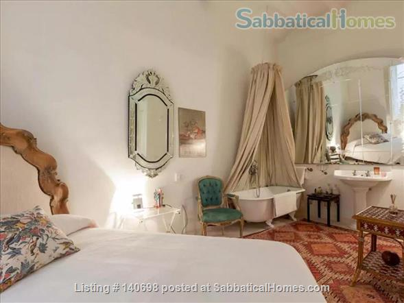Apartment de Charme in the heart of Barcelona (at discounted price) Home Rental in Barcelona, CT, Spain 1