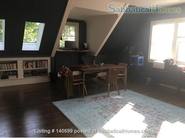 Spacious modern Brookline home steps to Coolidge Corner minutes to Boston Home Rental in Brookline, Massachusetts, United States 2