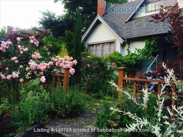 Craftsman house with garden four blocks from campus Home Rental in Eugene, Oregon, United States 1
