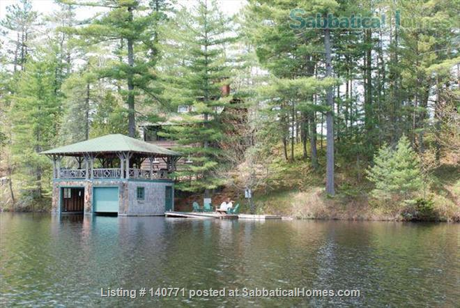 Beautiful 1920s Cabin on an Island in the Adirondacks for Exchange Home Exchange in Vermontville, New York, United States 4