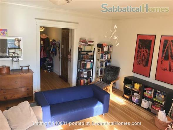 Bright Spacious Beautiful Greystone Apartment (2 bedroom + 2 office) Home Rental in Chicago, Illinois, United States 0