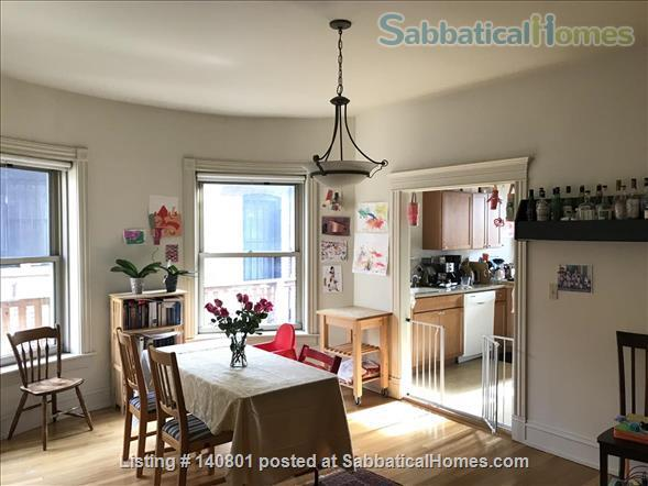 Bright Spacious Beautiful Greystone Apartment (2 bedroom + 2 office) Home Rental in Chicago, Illinois, United States 3