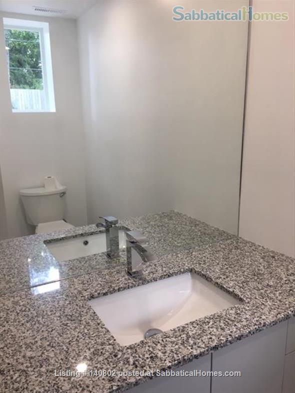 BRAND NEW, BRIGHT, CENTRAL KINGSTON, CLOSE TO QUEEN'S W.CAMPUS AND SLC,  Home Rental in Kingston, Ontario, Canada 3