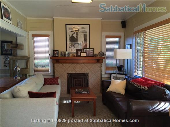 Beautiful 2-bedroom home with office in Salt Lake City - Comes with 2 cats! Home Rental in Salt Lake City, Utah, United States 1