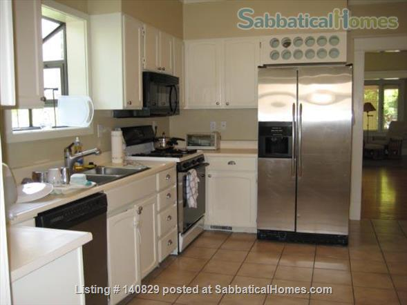 Beautiful 2-bedroom home with office in Salt Lake City - Comes with 2 cats! Home Rental in Salt Lake City, Utah, United States 2