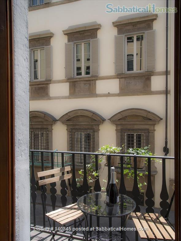 Bright and spacious apartment in Santa Croce Home Rental in Florence, Toscana, Italy 0