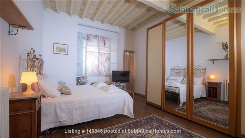 Bright and spacious apartment in Santa Croce Home Rental in Florence, Toscana, Italy 5
