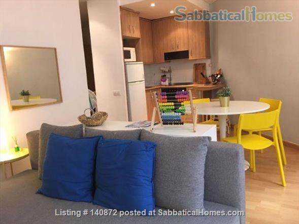 Cozy Apartment in the heart of Barcelona, close to Parc Ciutadella and University Pompeu Fabra Home Rental in Barcelona, CT, Spain 1