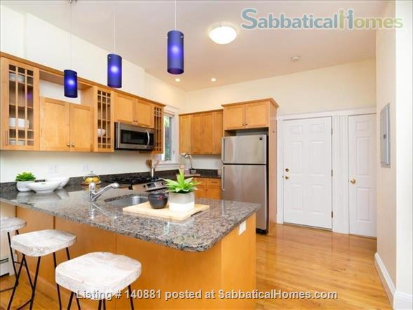 2B2B Furnished Apartment, Beautiful Inner Decor, near Harvard, MIT, BU and NEU, Utilities Included! Home Rental in Cambridge, Massachusetts, United States 4