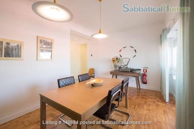 Great retreat in the heart of Setubal -- 4 beds/ 2 baths  Home Rental in Setúbal, Setúbal, Portugal 3