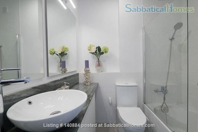 Great retreat in the heart of Setubal -- 4 beds/ 2 baths  Home Rental in Setúbal, Setúbal, Portugal 4