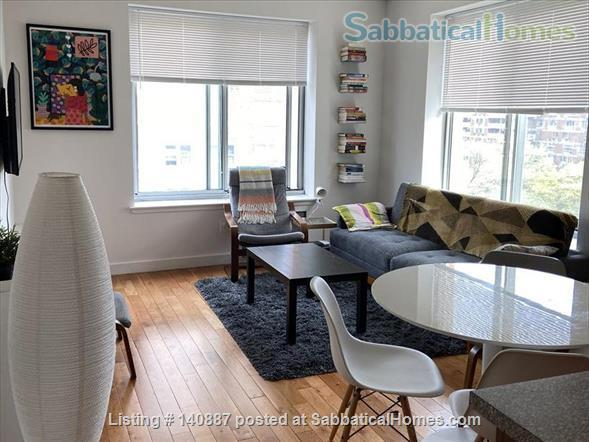 Sunny top floor 2BR in Harlem Home Rental in New York, New York, United States 1
