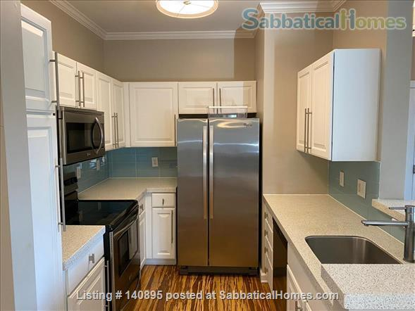 Condo in Southern Village, Chapel Hill Home Rental in Chapel Hill, North Carolina, United States 5