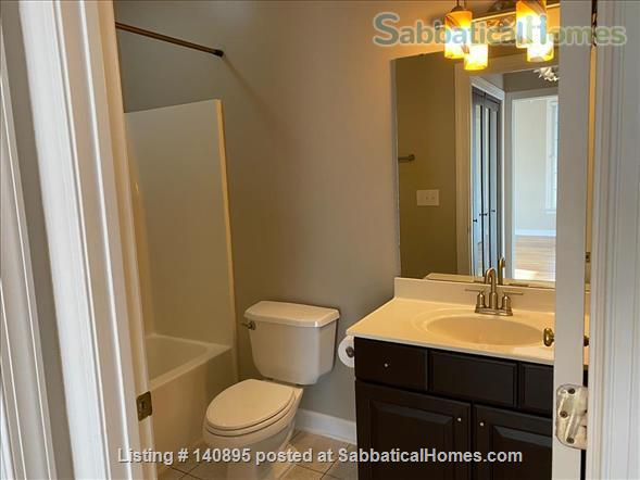 Condo in Southern Village, Chapel Hill Home Rental in Chapel Hill, North Carolina, United States 7