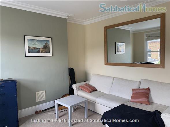 Bright, spacious Maida Vale/Little Venice home Home Rental in London, England, United Kingdom 2