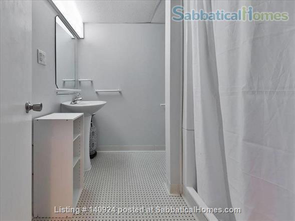 Beautiful Suite in Oakville - 3 minute walk to Coronation Park Home Rental in Oakville, Ontario, Canada 3
